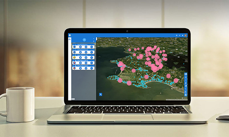 laptop avec la solution plateforme eegle
